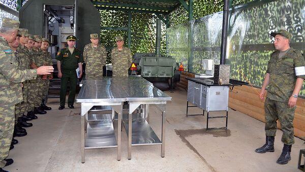 Военнослужащие ВС Азербайджана прибыли в Москву для участия в международном конкурсе Полевая кухня - Sputnik Азербайджан