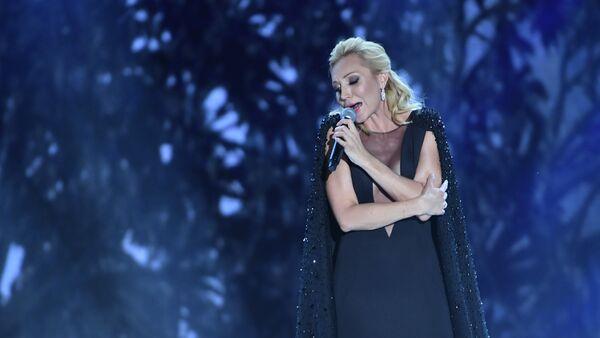 Певица Кристина Орбакайте выступает на международном музыкальном фестивале ЖАРА в Баку - Sputnik Азербайджан