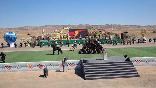 В Казахстане состоялась торжественная церемония открытия конкурсов Мастера артиллерийского огня и Снайперский рубеж - Sputnik Азербайджан