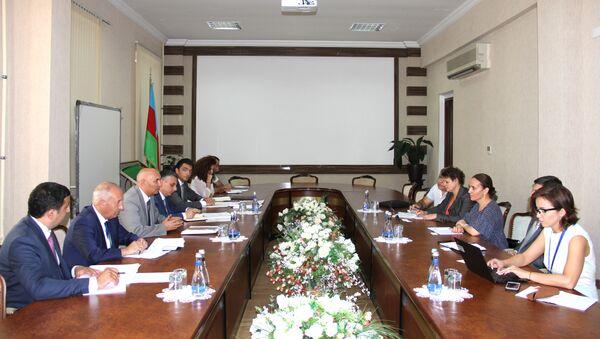 Совершенствование страхования в сельскохозяйственной сфере обсудили специалисты Международной финансовой корпорации (МФК) и министерства сельского хозяйства АР - Sputnik Азербайджан