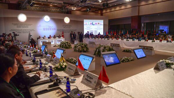 Чрезвычайное заседание Исполкома глав МИД стран-членов ОИС в Стамбуле, 1 августа 2017 года - Sputnik Азербайджан