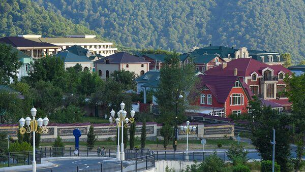 Улица в Габале - Sputnik Азербайджан