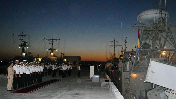 Ракетные катера Пейкан и Джовшан ВМС Ирана покинули Бакинский порт - Sputnik Азербайджан