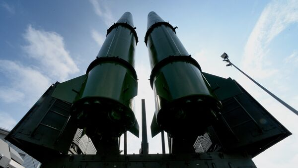 Ракетный комплекс Искандер-М, фото из архива - Sputnik Азербайджан