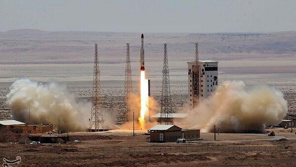 Ракета Симорг в Космическом центре Имама Хомейни в Иране, фото из архива - Sputnik Азербайджан