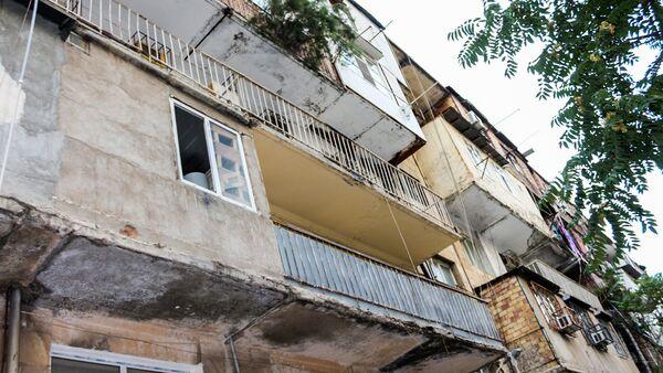 Nəsimi rayonu Keykab Səfərəliyeva küçəsi 25 ünvanında yerləşən yaşayış binası - Sputnik Азербайджан