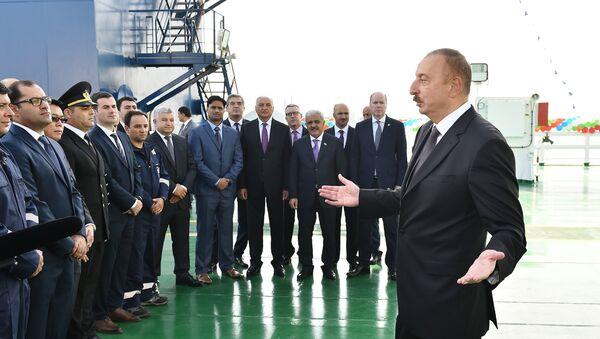 Президент Ильхам Алиев принял участие в церемонии презентации подводного строительного судна Ханкенди - Sputnik Азербайджан