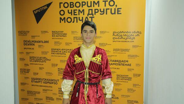 Первые эмоции от выступления участника Ты супер! Танцы от Азербайджана - Sputnik Азербайджан