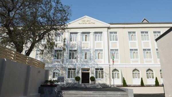 Здание школы номер 162, фото из архива - Sputnik Азербайджан