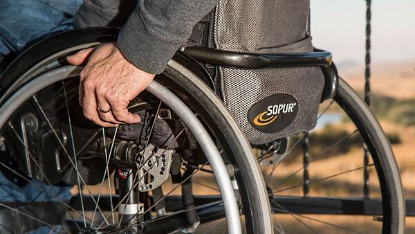 Инвалидная коляска, архивное фото - Sputnik Азербайджан