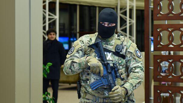 Сотрудник Службы государственной безопасности Азербайджана, фото из архива - Sputnik Азербайджан