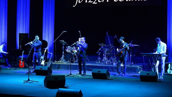 Концертная программа jAzzeri Bands, фото из архива - Sputnik Азербайджан