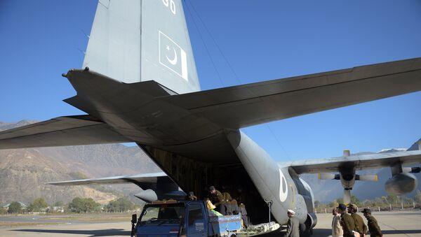 Самолет C-130 ВВС Пакистана, фото из архива - Sputnik Азербайджан