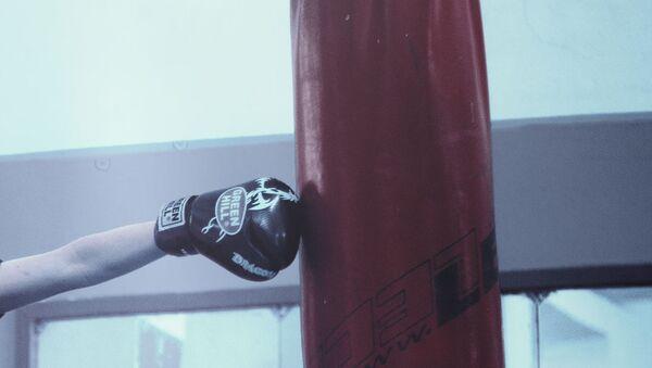 Тренировки по боксу, фото из архива - Sputnik Azərbaycan