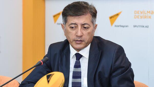 Neft Araşdırmaları Mərkəzinin (NAM) rəhbəri İlham Şaban - Sputnik Azərbaycan