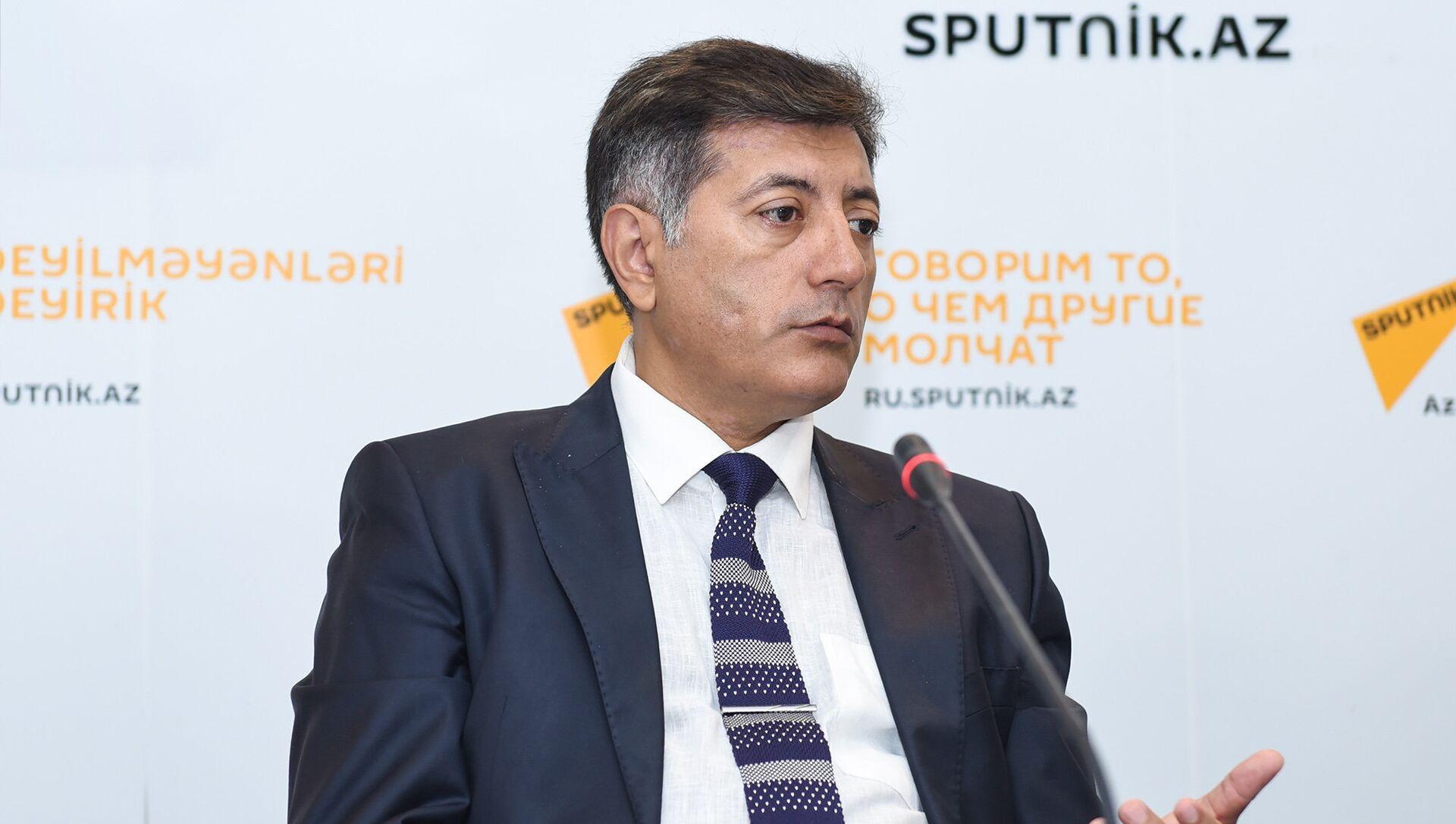 Neft Araşdırmaları Mərkəzinin (NAM) rəhbəri İlham Şaban - Sputnik Azərbaycan, 1920, 12.09.2021