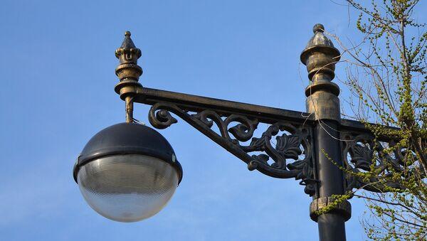 Уличный фонарь, фото из архива - Sputnik Азербайджан