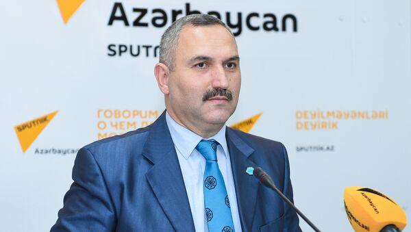Руководитель Общественного объединения гуманитарной поддержки Хаят Азер Аллахверанов - Sputnik Азербайджан