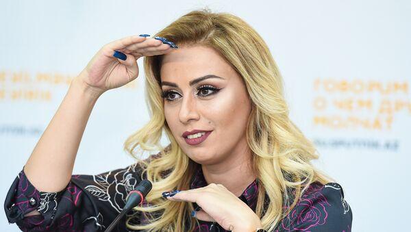 Певица Роза Зяргрярли во время встречи с журналистами в мультимедийном пресс-центре Sputnik Азербайджан - Sputnik Азербайджан