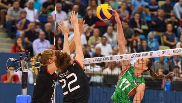 Последний групповой матч Чемпионата Европы 2017 по волейболу среди женщин между сборными Азербайджана и Германии - Sputnik Азербайджан