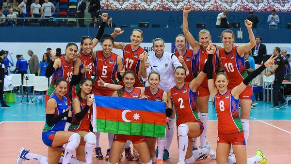 Qadın voleybolçulardan ibarət Azərbaycan milli komandası Almaniya ilə oyundan sonra - Sputnik Azərbaycan
