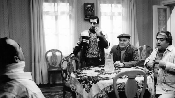Bəyin oğurlanması filmindən kadr - Sputnik Azərbaycan