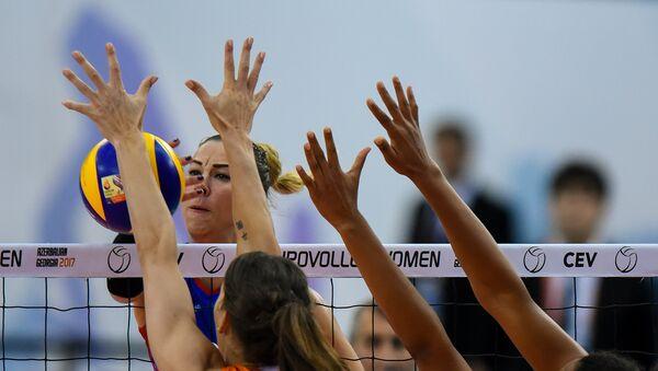 Полуфинал чемпионата Европы 2017 среди женщин по волейболу. Матч между сборными Азербайджана и Нидерландов  - Sputnik Азербайджан