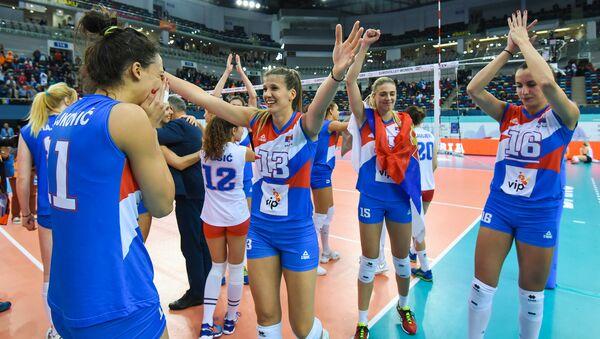 Награждение победителей чемпионата Европы по волейболу среди женщин - Sputnik Азербайджан