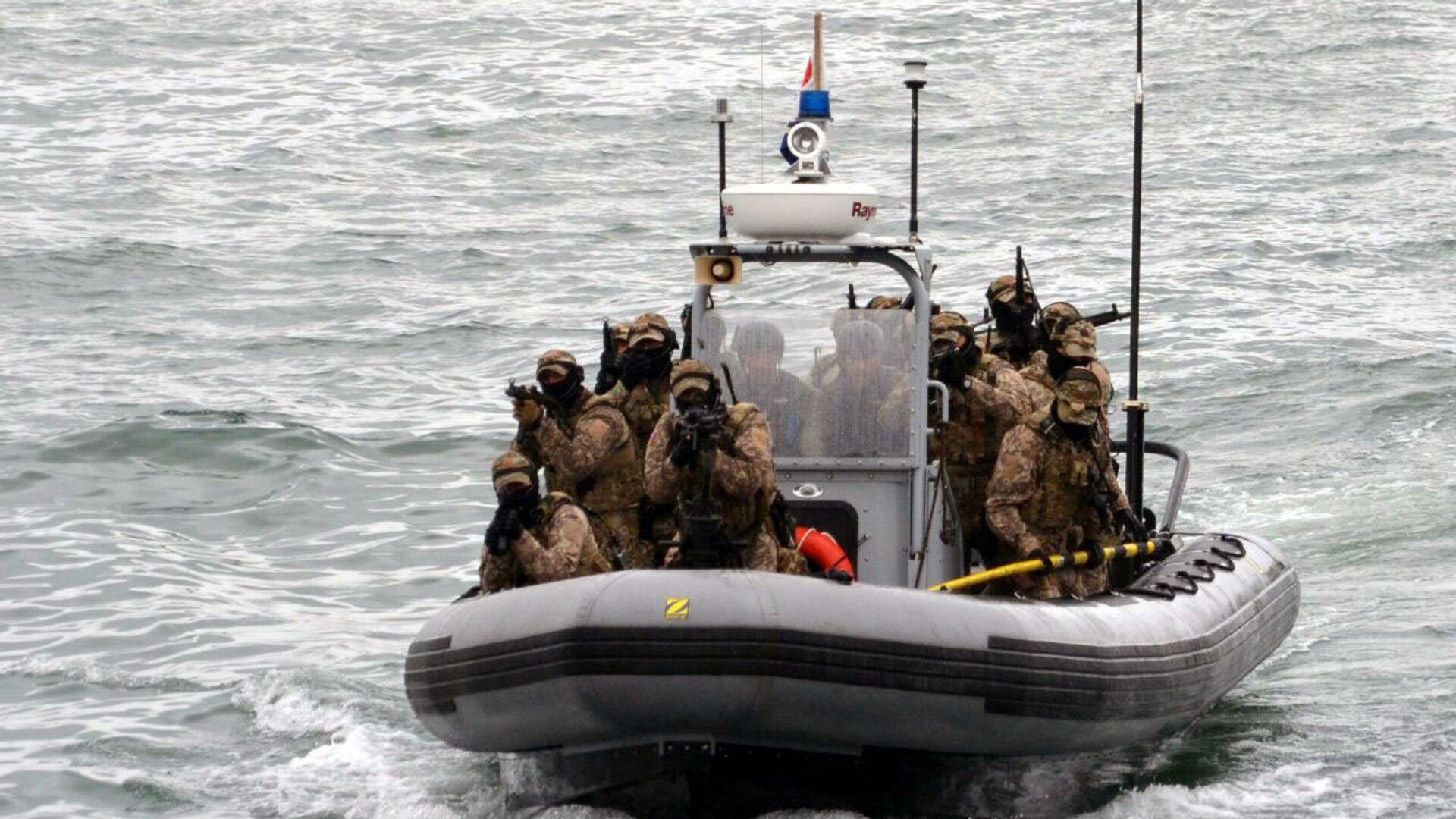 ВМС Азербайджана проведут учения на Каспии