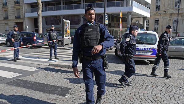 Fransa polisi, arxiv şəkli - Sputnik Azərbaycan