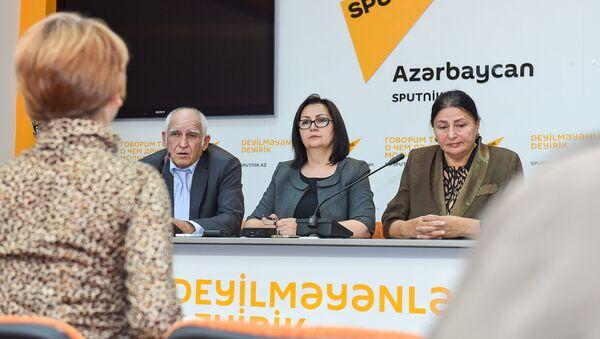Пресс-конференция, приуроченная ко Дню учителя в мультимедийном пресс-центре Sputnik Азербайджан - Sputnik Azərbaycan