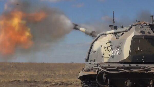Учения артиллеристов под Волгоградом - Sputnik Азербайджан