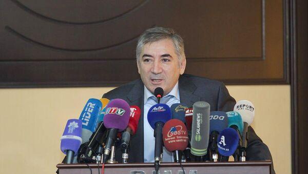 Milli Televiziya və Radio Şurasının sədri Nuşirəvan Məhərrəmli - Sputnik Azərbaycan