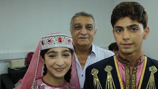 Танцевальная пара из Азербайджана готова покорить жюри - Sputnik Азербайджан