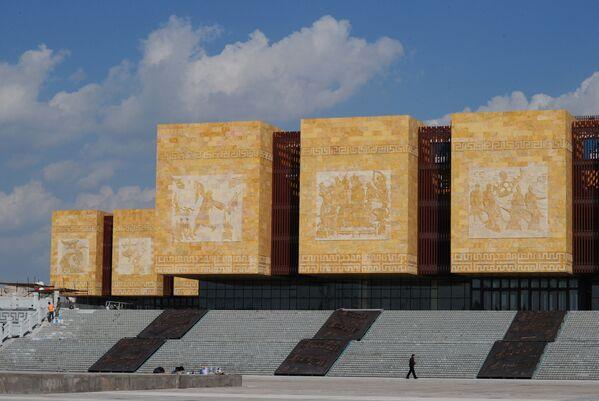 Здание в Ордосе - Sputnik Азербайджан