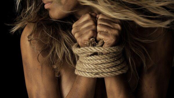 Связанные руки, фото из архива - Sputnik Азербайджан