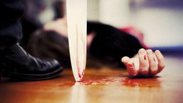 Нож у горла женщины, фото из архива - Sputnik Азербайджан