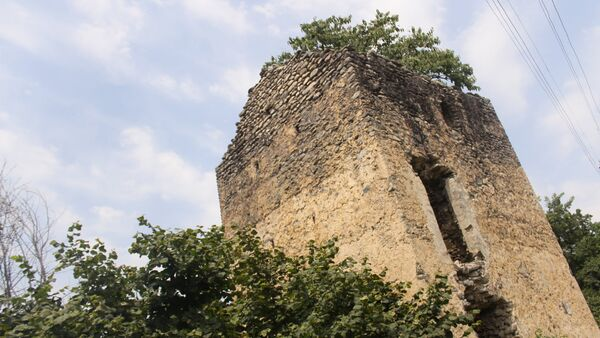 Старинная крепость XVII века в селе Катех Балакенского района - Sputnik Азербайджан