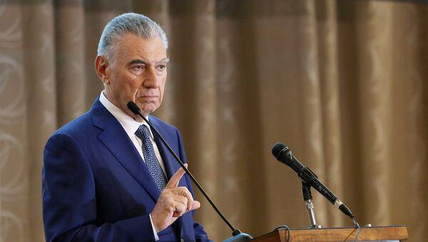 Председатель Государственного комитета по делам беженцев и вынужденных переселенцев АР Али Гасанов - Sputnik Азербайджан