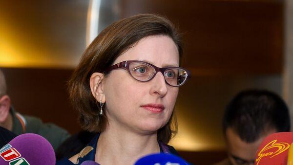Исполняющий обязанности заместителя помощника министра обороны США Лаура Купер - Sputnik Азербайджан