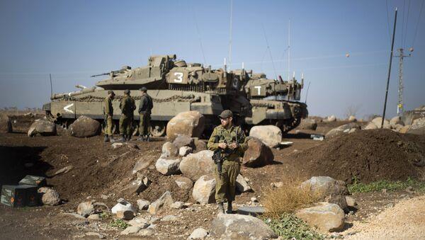 Израильские солдаты на границе с Сирией - Sputnik Азербайджан