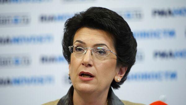 Экс-спикер парламента Грузии, одна из лидеров движения Народное собрание Нино Бурджанадзе - Sputnik Азербайджан