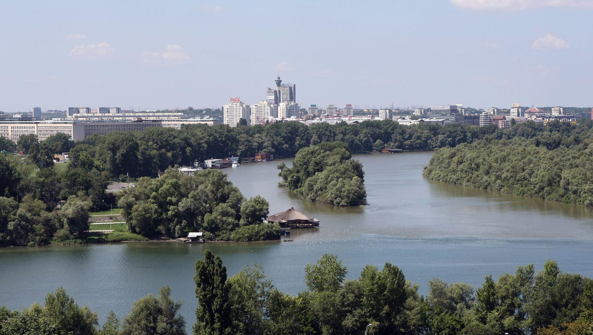 Вид на город Белград и место, где река Сава впадает в Дунай - Sputnik Азербайджан, 1920, 26.07.2021