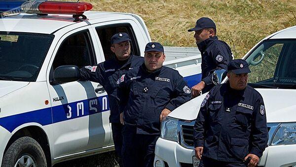 Сотрудники грузинской полиции - Sputnik Азербайджан