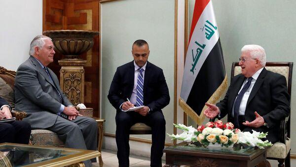 Встреча государственного секретаря США Рекса Тиллерсона с президентом Ирака Фуадом Масумом, Багдад, 23 октября 2017 года - Sputnik Азербайджан
