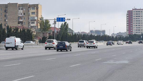 Движение транспорта на трассе Баку-Сумгайыт - Sputnik Азербайджан