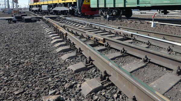 Состав на железнодорожных рельсах, фото из архива - Sputnik Азербайджан