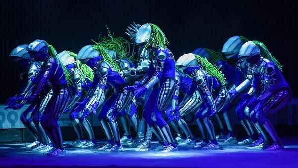 Цирковое шоу UFО Аскольда Запашного на арене спортивно-концертного комплекса имени Гейдара Алиева в Баку - Sputnik Азербайджан