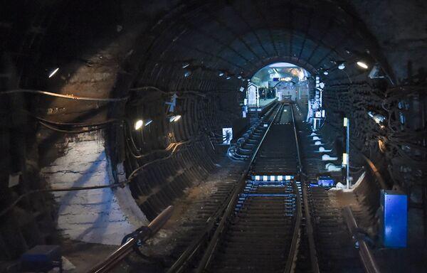 Бакинский метрополитен. Подземный тоннель - Sputnik Азербайджан