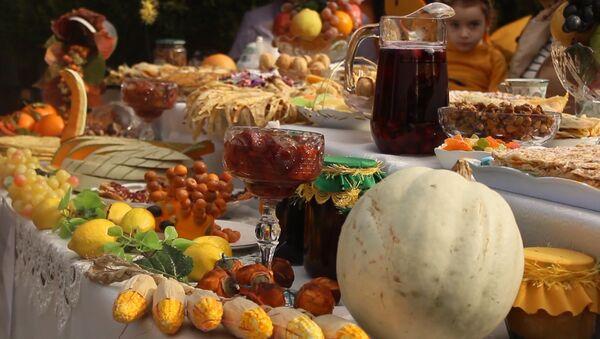 Плод солнца чествовали на северо-западе Азербайджана - Sputnik Азербайджан
